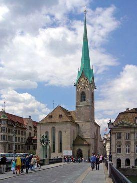 iglesia mujeresjpg