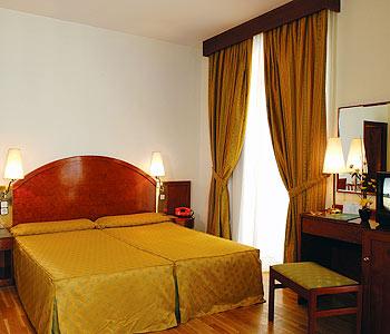hotel-suiza.jpg
