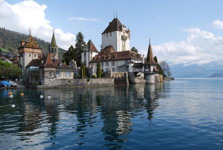 castillo-suiza.jpg